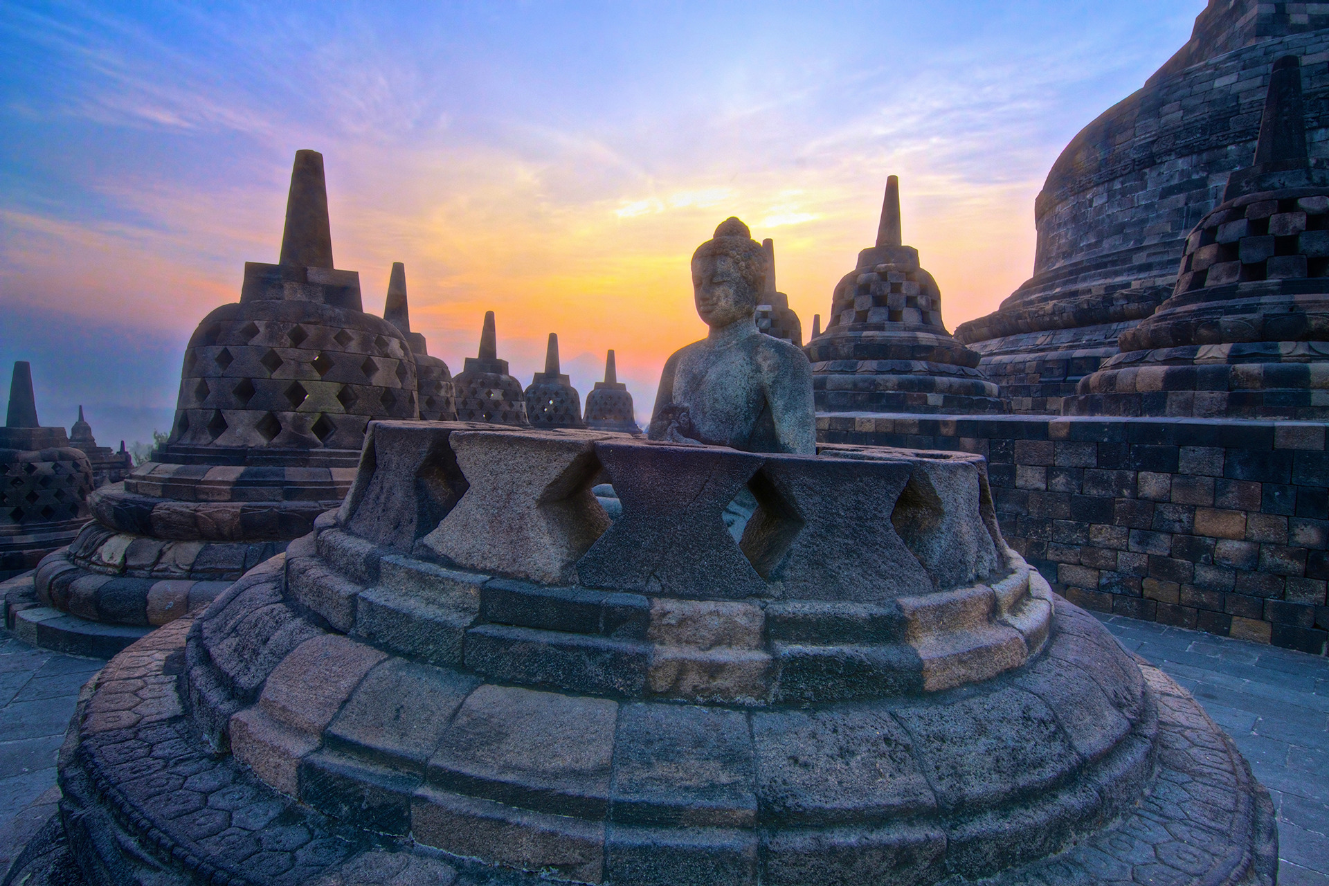 Voyage à pied : Borobudur: balade au coeur du bouddhisme