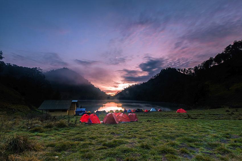 Voyage à pied : Sumatra: ascension du volcan gunung tujuh
