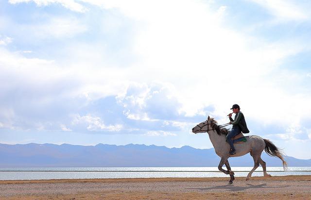 Image Randonnée à cheval vers le lac son-kul