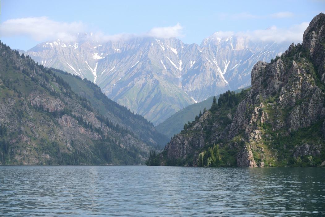 Voyage à pied : Farandole de paysages kirghizes