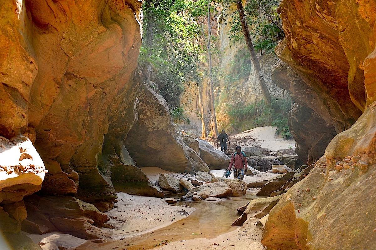 Voyage à pied : Pérégrination au nord makay