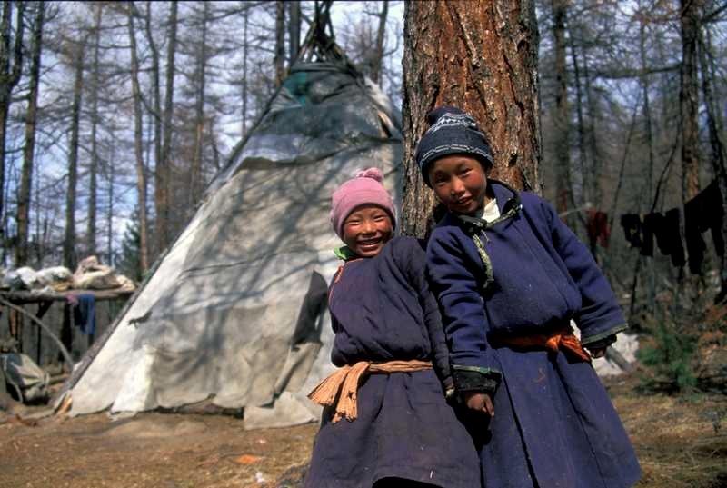 Voyage à pied : Nomades de mongolie, de yourtes à tipis