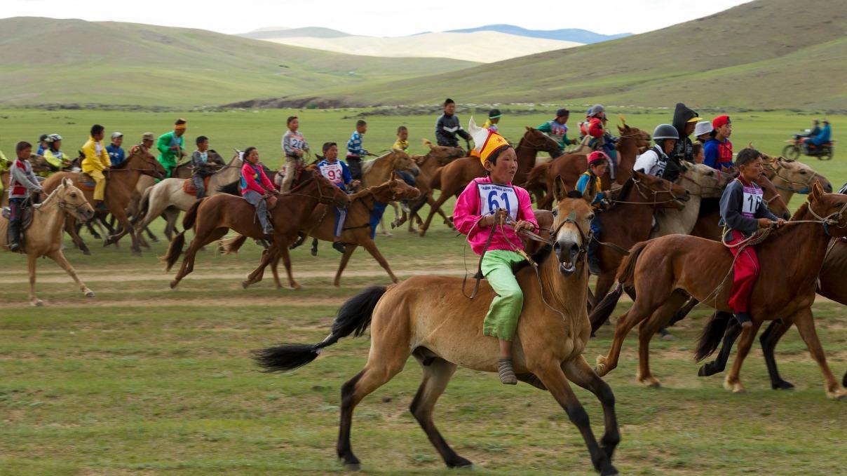 Voyage à pied : Au coeur du naadam