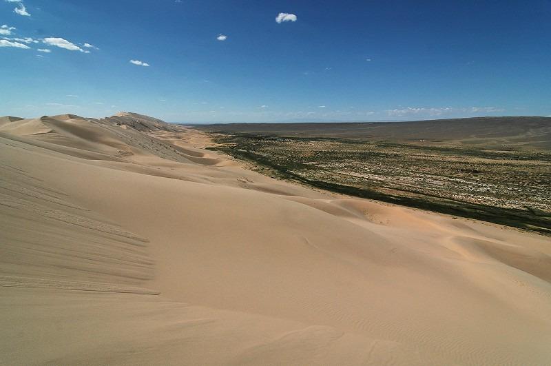 Voyage à pied : Entre steppe et désert